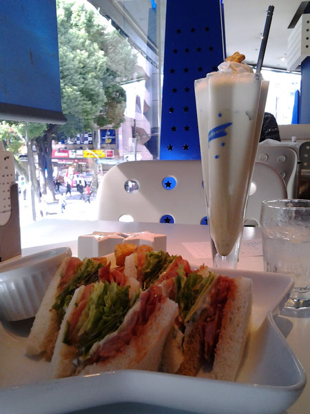 Sandwiches & Green Tea Milkshake